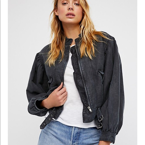 Free People Jackets & Blazers - Free People Poet Blouson sleeve Jacket